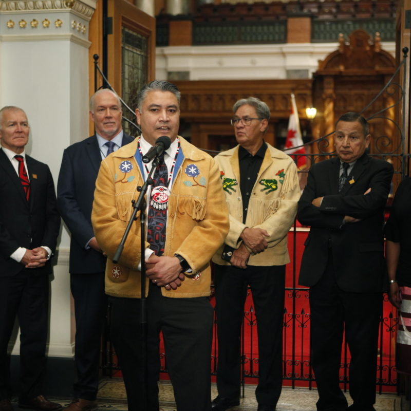 Canadian goverment officials and first nations leaders
